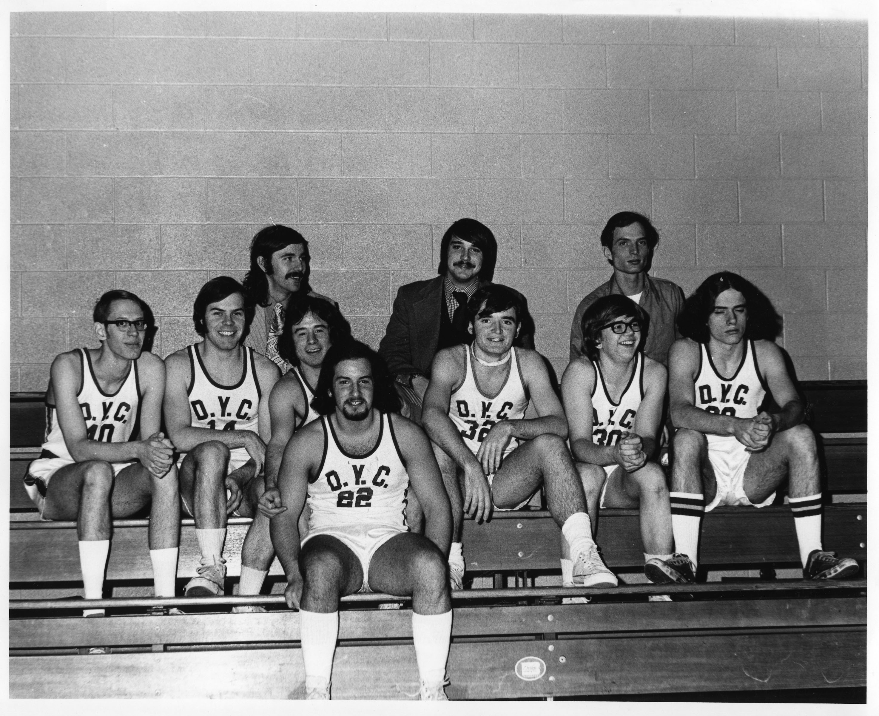 1973  The men's basketball team